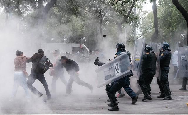 En la cima de la crisis de DH: criminalización de la protesta y de la libertad de expresión